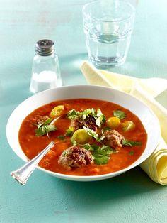 Unsere Low Carb Suppen enthalten die ideale Kombination für erfolgreiches Abnehmen: reichlich Eiweiß, wenige Kohlenhydrate, viele Ballaststoffe.