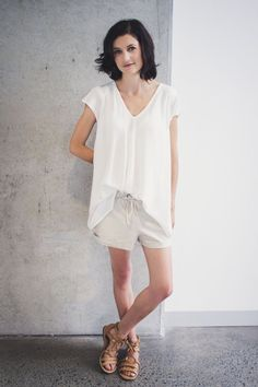 Download our Modern sewing patterns of Koi Drape Front Top for women who love minimalist fashion. Koi's minimalist design makes it a wardrobe staple; make it in both plain and printed fabrics.