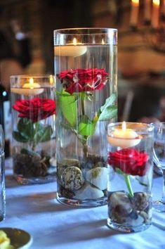 Flores dentro del agua en tres niveles