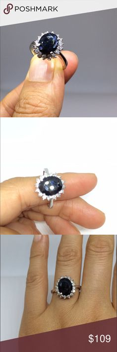 Big natural blue sapphire ring Brand new, beautiful ring with natural blue sapphire, there is a small dent on the surface, as you can see from the photo, size around 7-8 Jewelry Rings