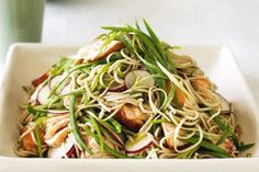 Simple, satisfying and healthy — this recipe is versatile, too. Salmon soba noodle salad with ginger dressing Asian Recipes, Healthy Recipes, Ethnic Recipes, Easy Recipes, Light Recipes, Summer Recipes, Healthy Meals, Healthy Food, Seafood Recipes