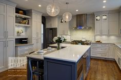 Breaking Down Houzz's 2017 Kitchen Design Trends Study - Drury Design Grey Kitchens, Home Kitchens, Kitchen Layout, New Kitchen, Layout Design, Design Color, Old Kitchen Tables, Ikea, Modern Kitchen Design