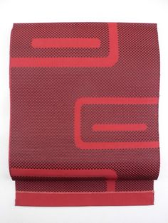Rouge and Black Abstract Line Pattern / 臙脂×黒のチェッカー地に抽象線柄の平帯   【リサイクル着物・アンティーク着物・帯の専門店 あい山本屋】