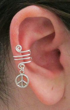 ☮ American Hippie Bohéme Boho Style Jewelry ☮ Peace Sign Ear Clip