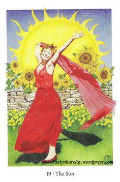 O Sol é uma carta que tem a capacidade de nos mostrar novas ideias para alcançar os nossos objectivos dando-nos a força de vontade necessária para percorrermos o nosso caminho. Sempre que ela aparece, mostra realizações, tanto no plano material, como no afectivo e no profissional. Sente-se bem consigo mesmo e com a vida. O Sol traz brilho, sucesso e abundância. Trata-se de abraçar o seu destino e dar-lhe tudo o que tem. Vamos celebrar esta bênção que nos é hoje oferecida e agradecer!