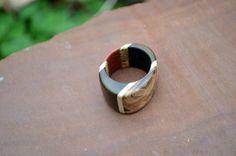 Wooden ring  by Molinart por Molinart en Etsy