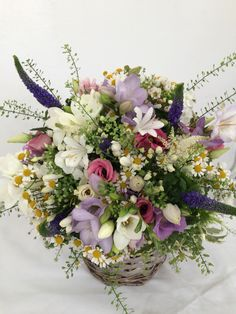 Cottage style bridal bouquet