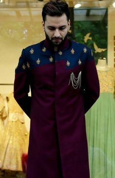 Wedding Dresses Men Indian, Wedding Outfits For Groom, Wedding Dress Men, Sherwani Groom, Mens Sherwani, Wedding Sherwani, Indian Men Fashion, Mens Fashion Suits, Mens Shalwar Kameez
