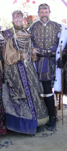 Posted 3 months ago with 1 note  Tagged with #renaissance#renaissance clothing#renaissance festival#Renaissance Fashion#renaissance dress#renaissance costume#renaissance gown        outlawempress liked this