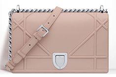 acdee8b0b637e 85 melhores imagens de Bolsas 2   Backpacks, Shoes e Backpack purse