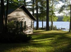 Our family rented a log cabin by the lake for vacations a few times. Fantastic memories... would love to have one of my own some day.