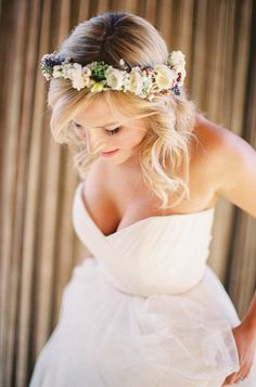 Wedding Hairstyle   : Featured Photographer: Braedon Flynn Photography; Wedding hairstyle idea.