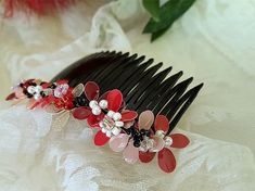 #jewelry #valentinegiftideas #valentinegiftsforher #valentinegiftidea #valentinesgiftforher #valentinesgiftideas #valentinesdaygift #valentinesdaygifts #valentinedaygif Hair Jewels, Valentines Gifts For Her, Floral Hair, Silver Hair, Bride Gifts, Hair Piece, Gifts For Wife, Flowers In Hair, Bridesmaid Gifts