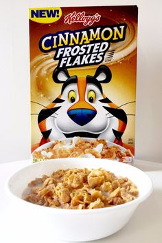 Cereal has a special place in our hearts, and discovering new variations of our favorites is pretty much the best thing ever. To highlight all the best new New Cereal, Crunch Cereal, Cereal Food, Cereal Boxes, Cereal Recipes, Candy Recipes, Starbucks Vanilla, Quick Meals, Shopping