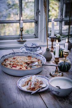 Hygge, Yellow Room Decor, Red Cottage, Fika, Food Styling, Food Inspiration, Love Food, A Table, Food Photography
