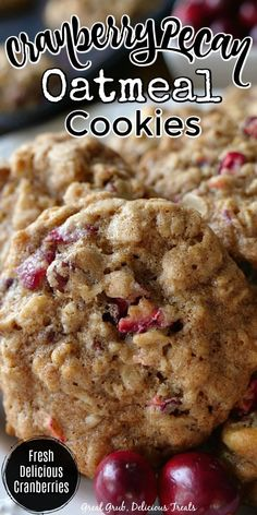 Oatmeal Cookie Recipes, Easy Cookie Recipes, Cookie Desserts, Sweet Recipes, Baking Recipes, Dessert Recipes, 2 Cookie Recipe, Oatmeal Craisin Cookies, Soft Chewy Oatmeal Cookies