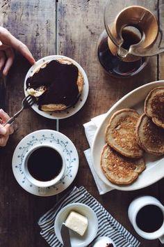 A RECIPE boston cream pancakes: by Tiffany Mitchell on Good Morning Breakfast, Morning Food, Best Breakfast, Breakfast Club, Deli Food, Cafe Food, Best Instant Coffee, Food Flatlay, Boston Cream Pie