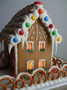 colonial gingerbread house