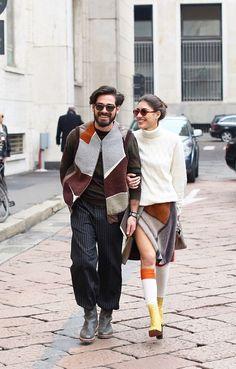[Giotto Calendoli & Patricia Manfield] simple yet fun Fashion Couple, Love Fashion, Latest Fashion, Fashion Ideas, Mens Fashion, Fashion Trends, Street Style Looks, Street Style Women, Date Night Fashion