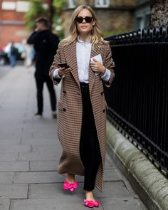 """4,670 Me gusta, 26 comentarios - The Styleograph (@thestyleograph) en Instagram: """"@wethepeoplestyle during #lfw 