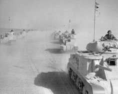 THE BRITISH ARMY IN NORTH AFRICA 1942 Afrika Corps, Tank Warfare, North African Campaign, Erwin Rommel, Ww2 Pictures, Ww2 Photos, British Army, British Tanks, Armored Fighting Vehicle