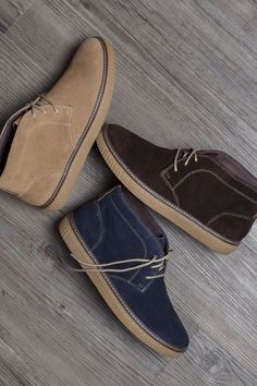 Chukka On: Classic craftsmanship meets casual ease - to cover your bases in style. New Shoes, Men's Shoes, Shoe Boots, Dress Shoes, Wingtip Shoes, Suede Shoes, Branded Shoes For Men, Mens Lace Up Boots, Gentleman Shoes