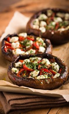 ROASTED TOMATO, SHALLOT, GOAT CHEESE-STUFFED PORTOBELLO MUSHROOMS [afoodcentriclife]
