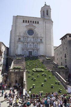 #Girona en #TempsDeFlors 2015 http://www.viajarabarcelona.org/ciudades-cercanas/girona/ #turismo España.