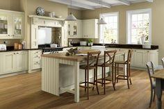 The Little Corner Kitchen Table Small Space, Inframe Kitchen, Shaker Kitchen, Kitchen Doors, Kitchen Units, Painting Kitchen Cabinets, Kitchen Flooring, Rustic Kitchen, Kitchen Ideas