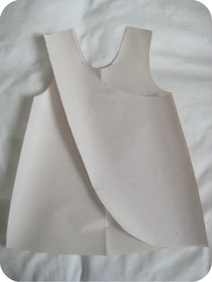 How to draft a pattern for a reversible cross over pinafore by estefanyrocha