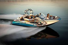 Super Air Nautique G23 $107,706 23' 16 People 343 to 550 HP