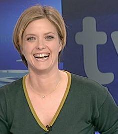 La presentadora de televisión Maria Casado lucía nuestra Apodemia Necklace en los informativos de RTVE.es