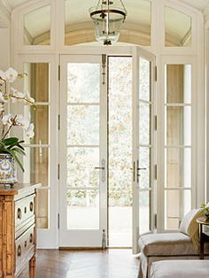 French doors enclose foyer Classicist Santa Barbara house designed by Bruce Gregga. powell brower at home: Design Facts Colorful Home Design, Design Entrée, Regal Design, Design Ideas, Design Inspiration, Design Room, Style At Home, Style Blog, Entry Hallway