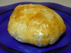 Receta   Solomillo Wellington con setas y foie - canalcocina.es Guisado, Hamburger, Pork, Food And Drink, Bread, Cheese, Mini, Arrows, Noodle