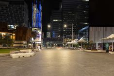 Yagan Square is a major Perth development sited created as a place for the community to meet, connect and celebrate. HIL combined brand such as Simes, We-Ef and KLIK to light the eateries and external features of the project