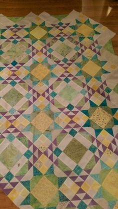 The reveal Allietare.  Absolutely, love this quilt.  Thanks Bonnie for another great pattern.Include this link in your blog post or photo text: http://quiltville.blogspot.com/2016/01/mystery-monday-link-up-reveal.html