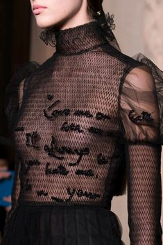 Valentino at Couture Fall 2016 - Details Runway Photos