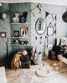 Likes, 69 Comments - Nordic ➳ Rustic ➳ Bohemian ( . - Likes, 69 Comments – Nordic ➳ Rustic ➳ Bohemian ( … – # Check more at - Cute Dorm Rooms, Cool Rooms, Room Ideias, Nursery Decor, Room Decor, Deco Kids, Farmhouse Side Table, Kids Decor, Decor Ideas