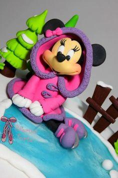 Minnie Mouse Winter Cake by Balerina Torte