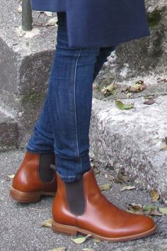 Chelsea Boots Reviewed by FashionHunters's Blogger. Product Review, Footwear Review, Shoes Review, Fashion Blog review, Product tested Review Fashion, Uk Fashion, Jeans Fit, Skinny Jeans, Stylish Boots, Product Review, Rubber Rain Boots, Chelsea Boots, Footwear