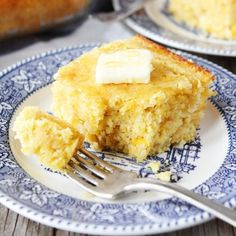 Easy Cornbread-this is the BEST homemade cornbread recipe and it is super easy to make! Try topped with butter and drizzled with honey!
