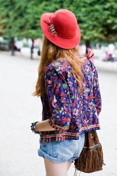 Sombrero de ala ancha para un look Boho Chic.