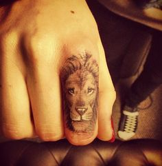 Cara Delevigne #tattoo #lion