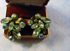 Vintage 1940-1950 Era Green & Aurora Borealis Glass Rhinestone Earrings Clips #Unbranded #Cluster