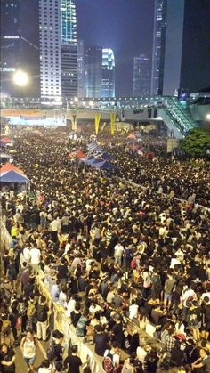 Occupy central crowds