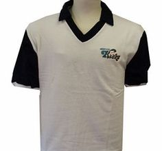 Rest of the World Toffs Minnesota Kicks 1970s Shirt Minnesota Kicks 1970s Shirt This shirt is short sleeved and made from 100% cotton. Please allow up to 6 weeks for the delivery of our retro shirts. http://www.comparestoreprices.co.uk/football-shirts/rest-of-the-world-toffs-minnesota-kicks-1970s-shirt.asp
