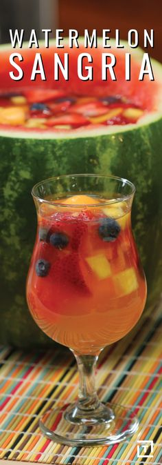 Make your last summer party a hit with this watermelon sangria. This recipe combines fresh fruit and white wine in a delicious watermelon. Non Alcoholic Drinks, Wine Drinks, Cocktail Drinks, Beverages, Watermelon Sangria, Sangria Drink, White Sangria, Holiday Drinks, Party Drinks