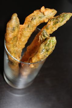 Beer Battered Asparagus. What a great idea for a summer dinner treat! Looks like fried chicken feet!