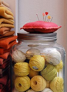 Beautiful yarn store from the pictures online... hope to make it to soho one day to see it :)