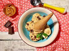 Παγωτό μπανάνα με φυστικοβούτυρο Hummus, Ice Cream, Ethnic Recipes, Desserts, Food, No Churn Ice Cream, Tailgate Desserts, Deserts, Icecream Craft